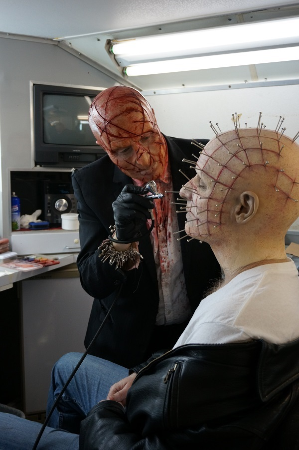 Gary J. Tunnicliffe doing SFX make-up on the set of Hellraiser Judgement