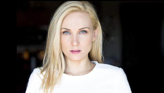 Alexis Kendra-4